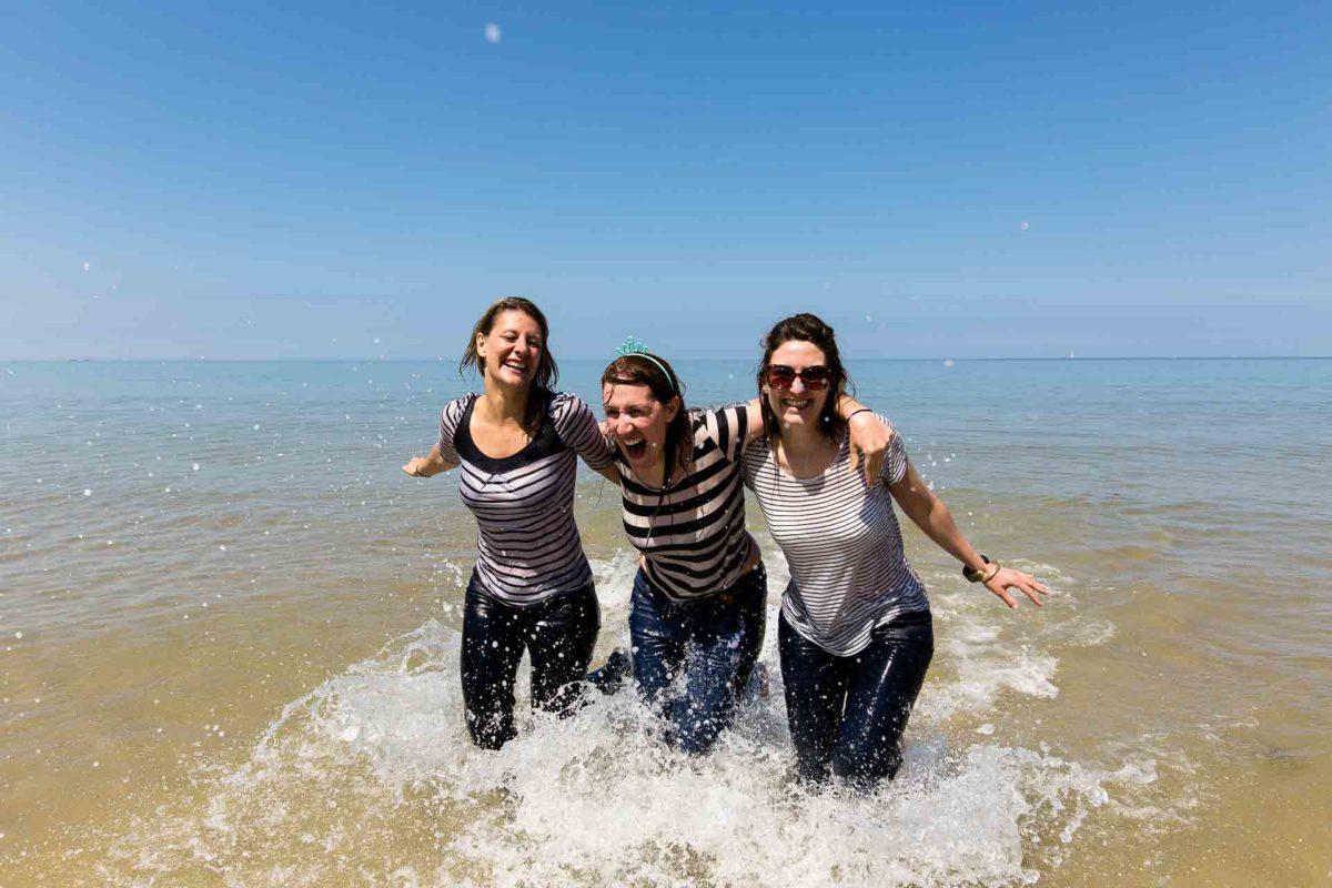 evjf filles à la mer