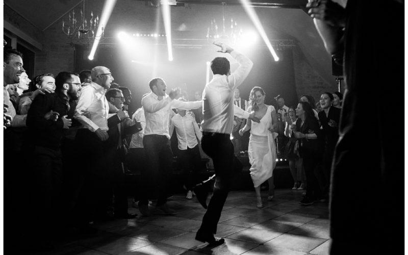 audrey guyon, photographe mariage en normandie a photographié un mariage juif à la ferme de la vignette, dans le calvados