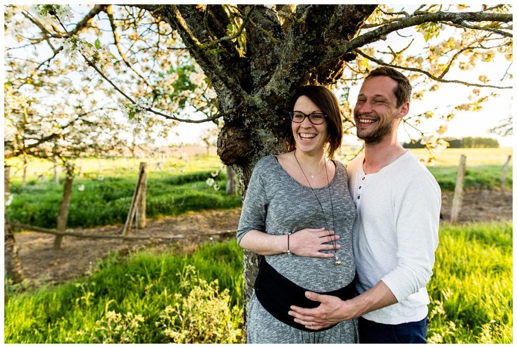 reportage grossesse gemellaire à la golden hour