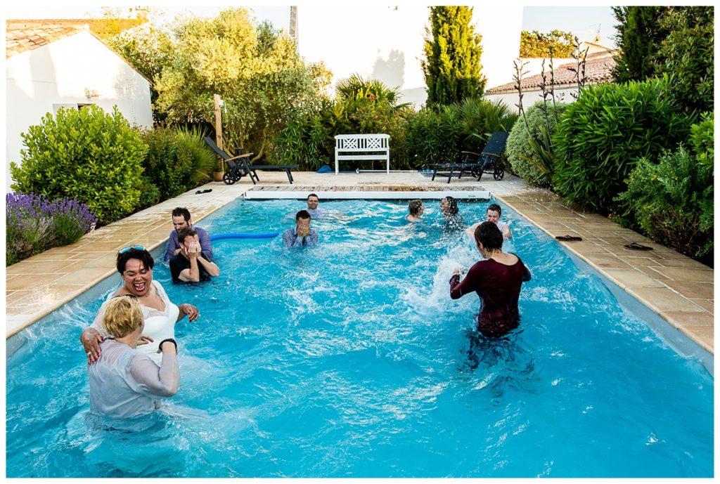 mariage dans une piscine