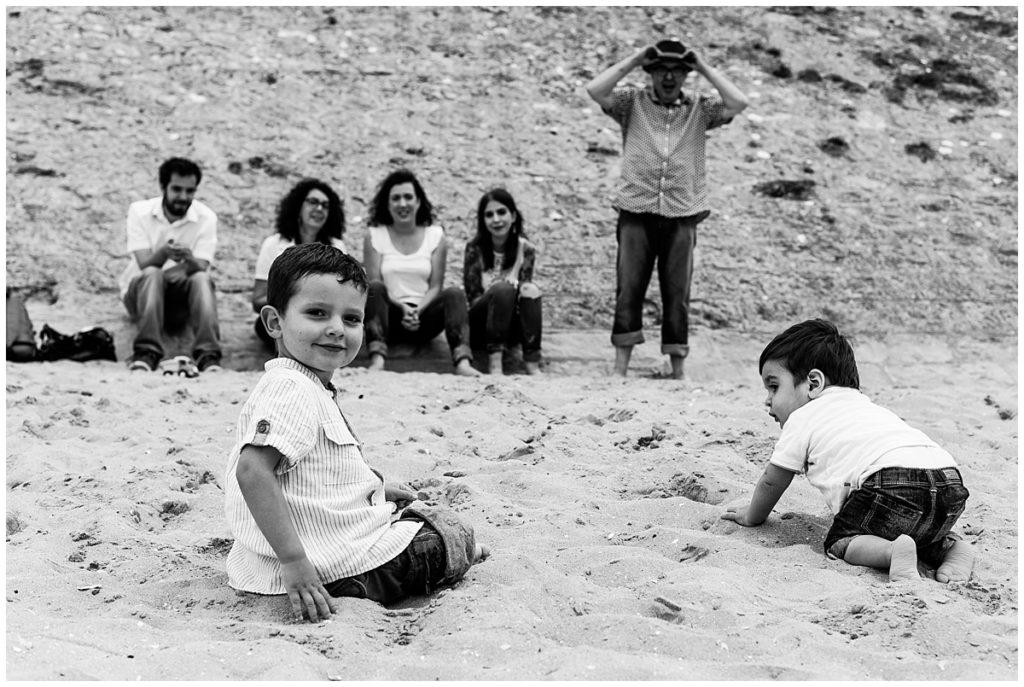 en famille sur la plage de cabourg