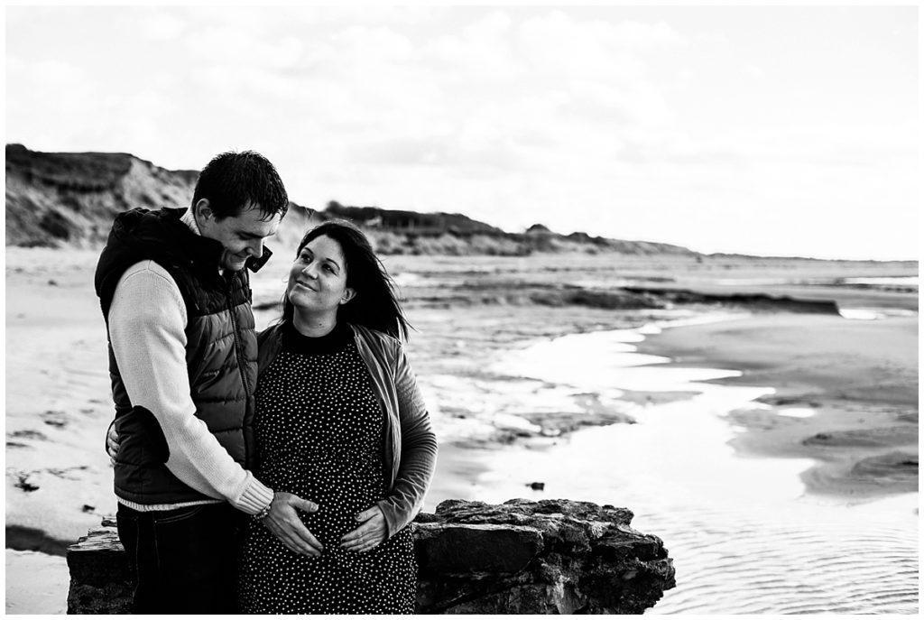 seance grossesse manche par audrey guyon, photographe grossesse en normandie