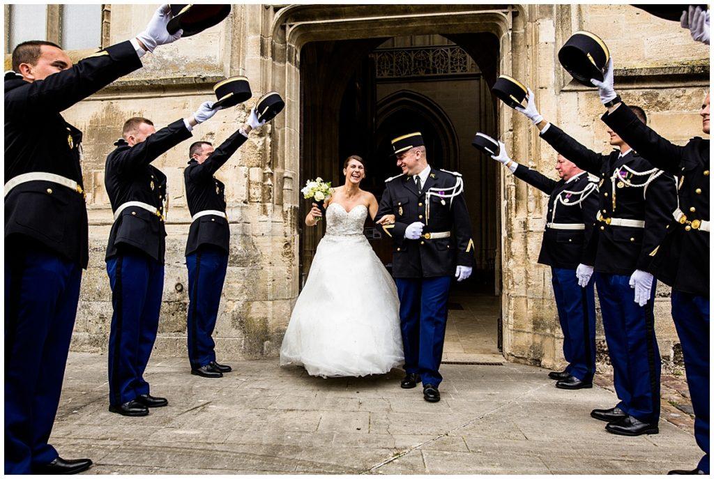 découvrez le reportage photo d'audrey guyon, photographe mariage en normandie, d'un mariage de gendarme dans l'orne