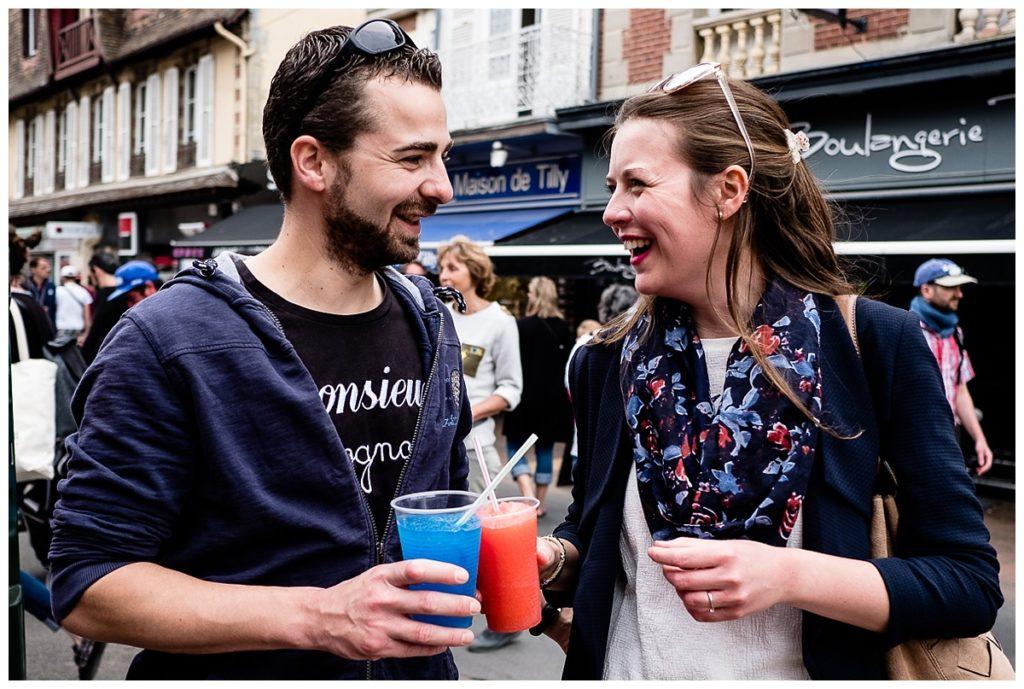 reportage photo d'une séance photo couple à cabourg, par audrey guyon photographe