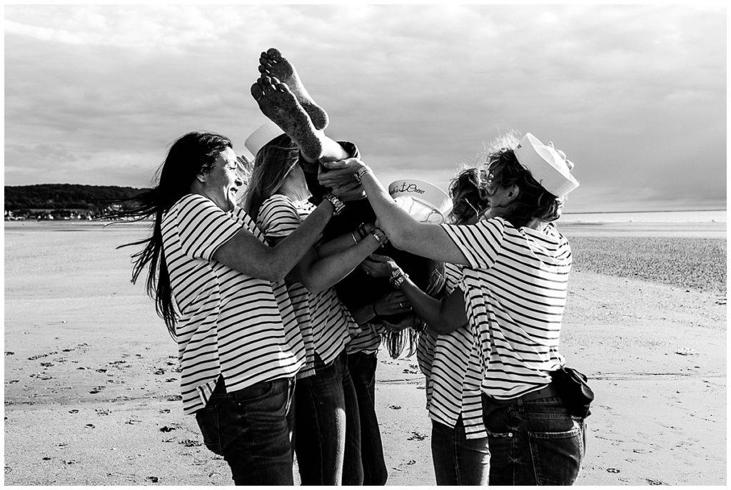 audrey guyon, photographe professionnelle en normandie photographie les evjf à deauville