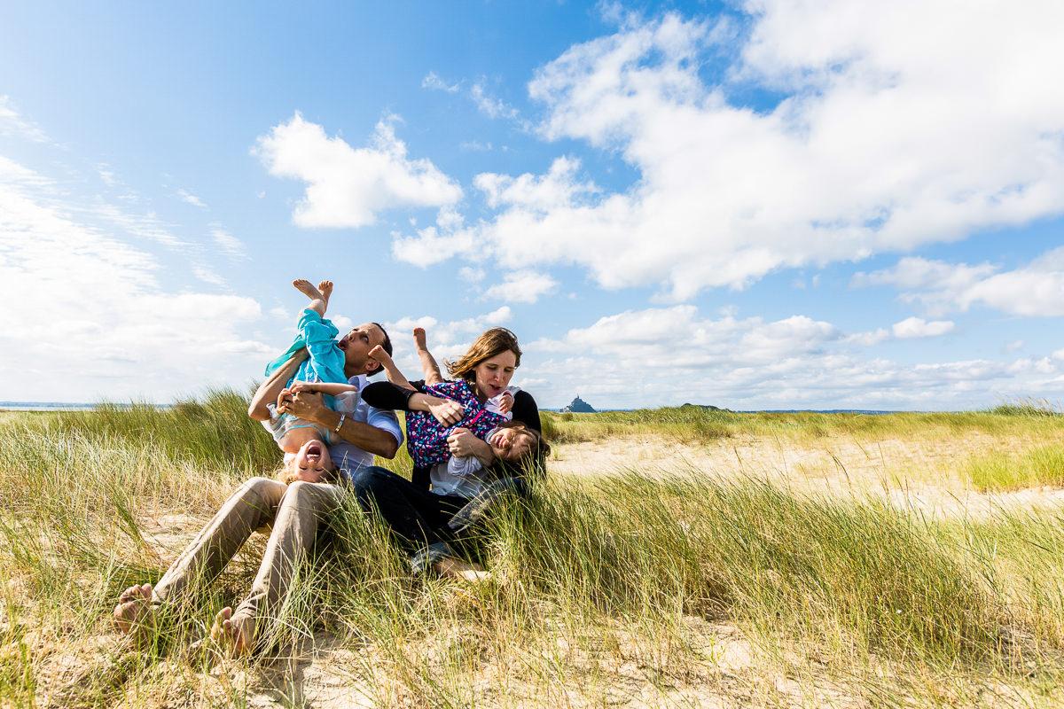 photo de famille fun dans la baie du mont saint michel