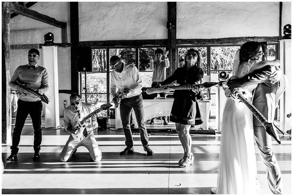 air guitar mariage