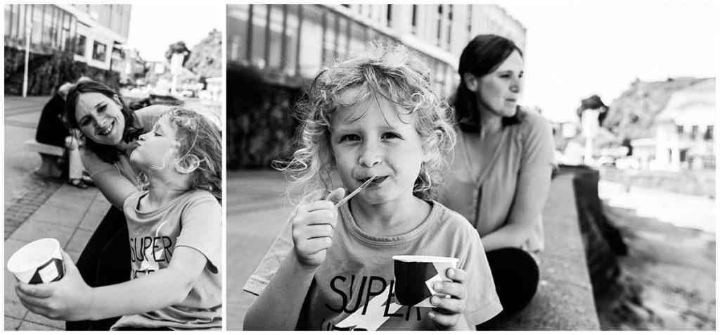 manger une glace avec sa fille