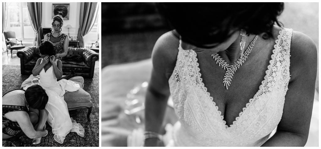 mariée qui se prépare au chateau de courtomer, audrey guyon photographe mariage normandie