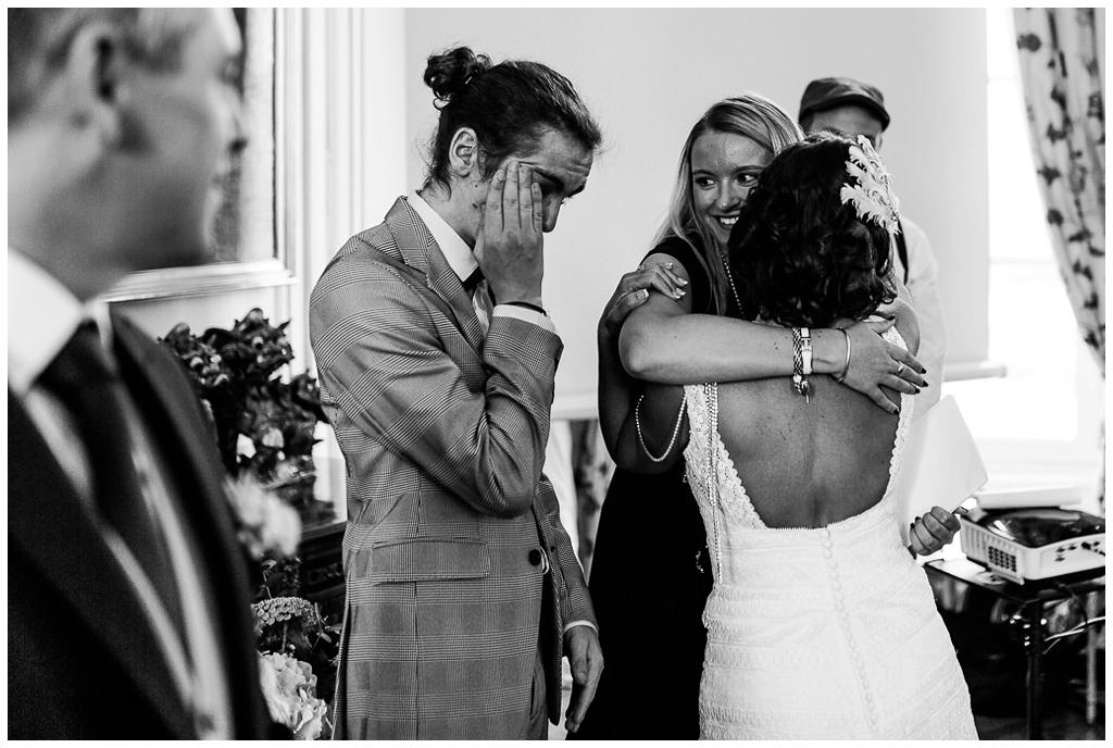 émotions mariage au chateau de courtomer, audrey guyon photographe mariage