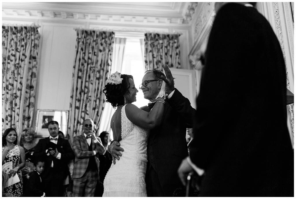 mariage d'émotions au chateau de courtomer en normandie, audrey guyon photographe en normandie