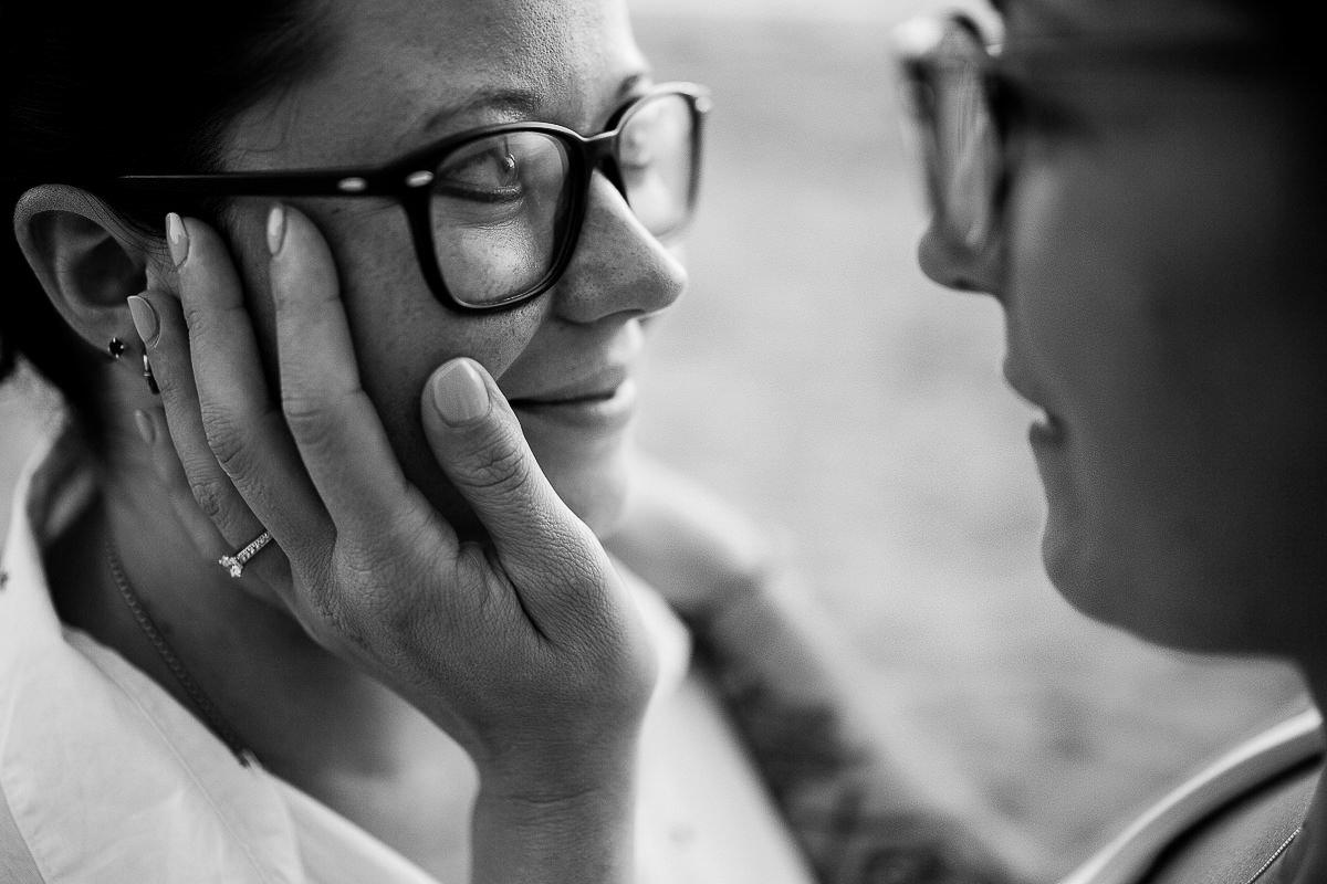 regards deux femmes qui s'aiment, photographe couple normandie