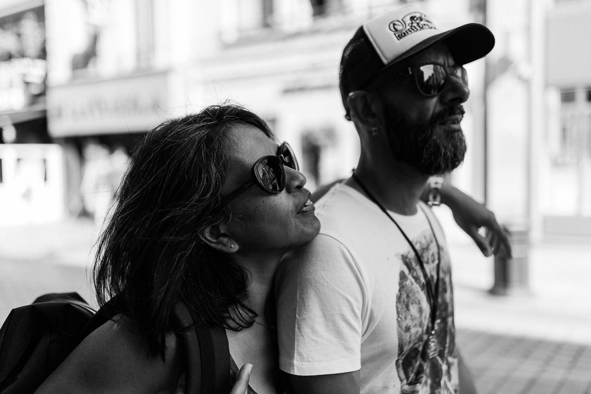 couple qui se promène à caen, photographe couple normandie
