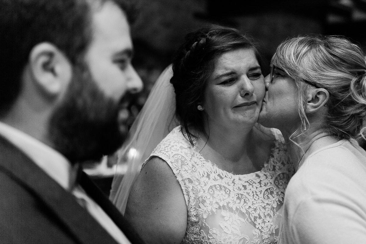 émotions cérémonie laique au domaine de la pommeraye, audrey guyon photographe mariage normandie