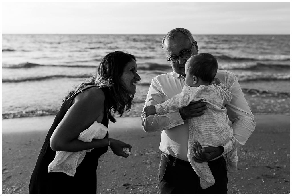 séance famille à cabourg avec Audrey GUYON photographe famille en Normandie
