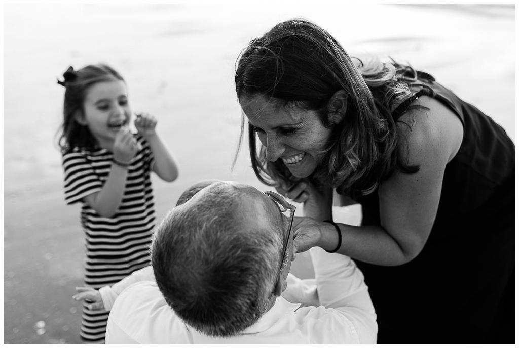 émotions demande en mariage à cabourg, audrey guyon photographe famille calvados normandie