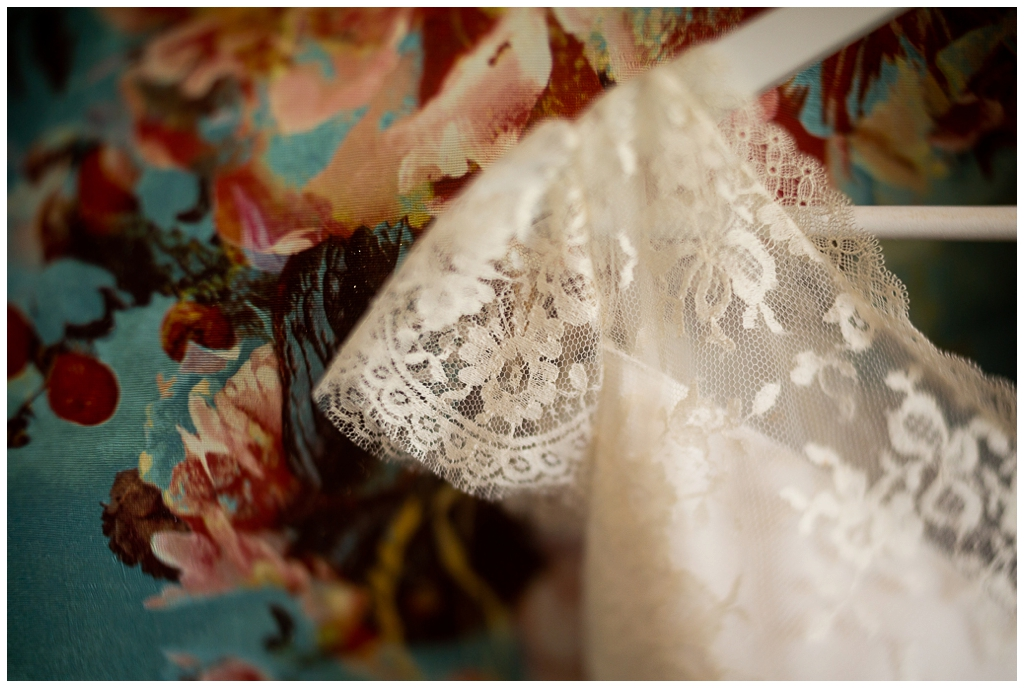 robe de mariée elsa gary photographiée au freelensing par audrey guyon photographe mariage normandie caen