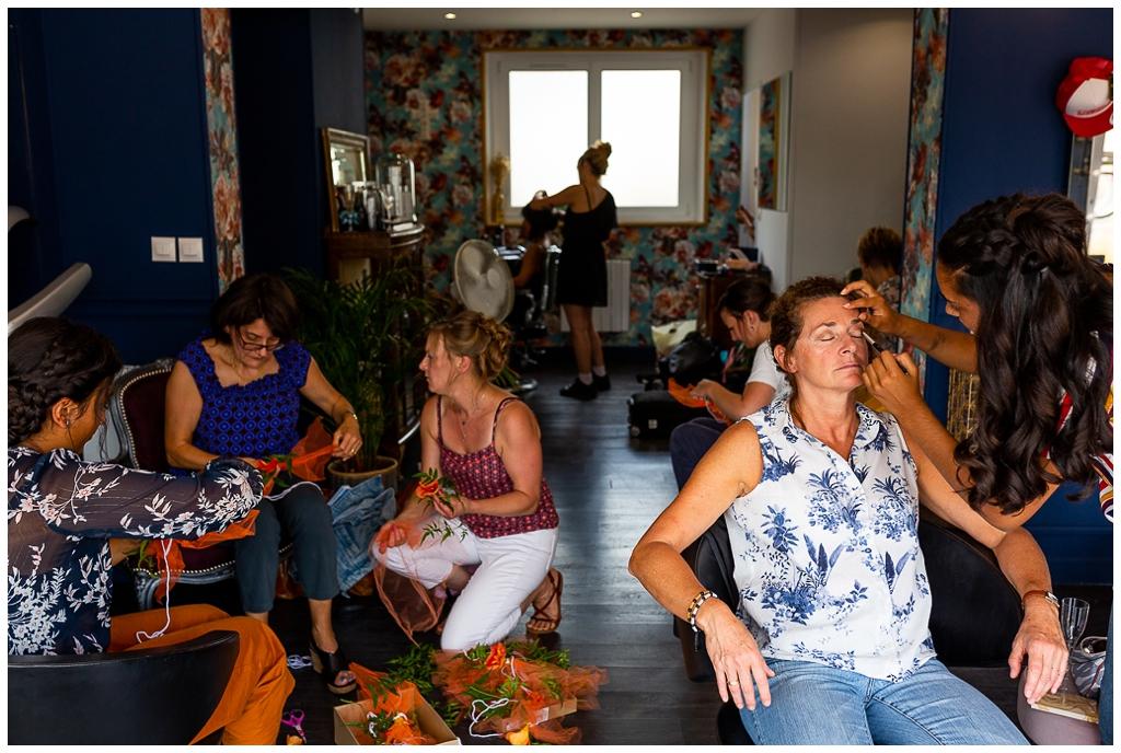préparatifs de la mariée et de ses invités au salon joakim coiffeur barbier près de caen